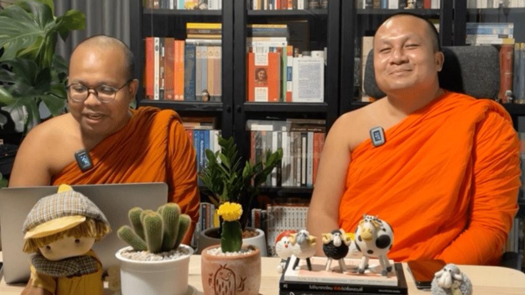 拚盘)泰国两和尚拍档直播脱口秀爆红 讲佛学兼讽刺时事 学历同样亮眼