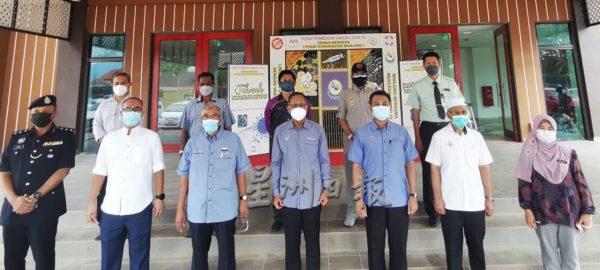 社区动态/县长:曼绒接种首剂人口88% 全力冲刺以减病例